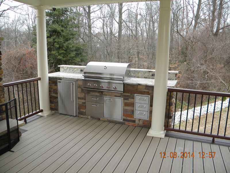 Outdoor kitchen builder outdoor kitchen design amazing for Deck kitchen ideas