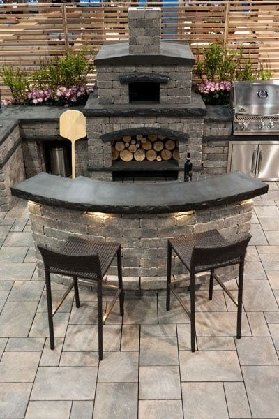 Outdoor kitchen deck and outdoor patio designs with curves for Deck kitchen ideas