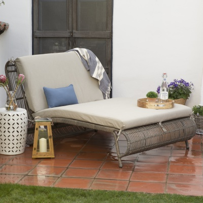 sun bed double chais lounge-source-hayneedle