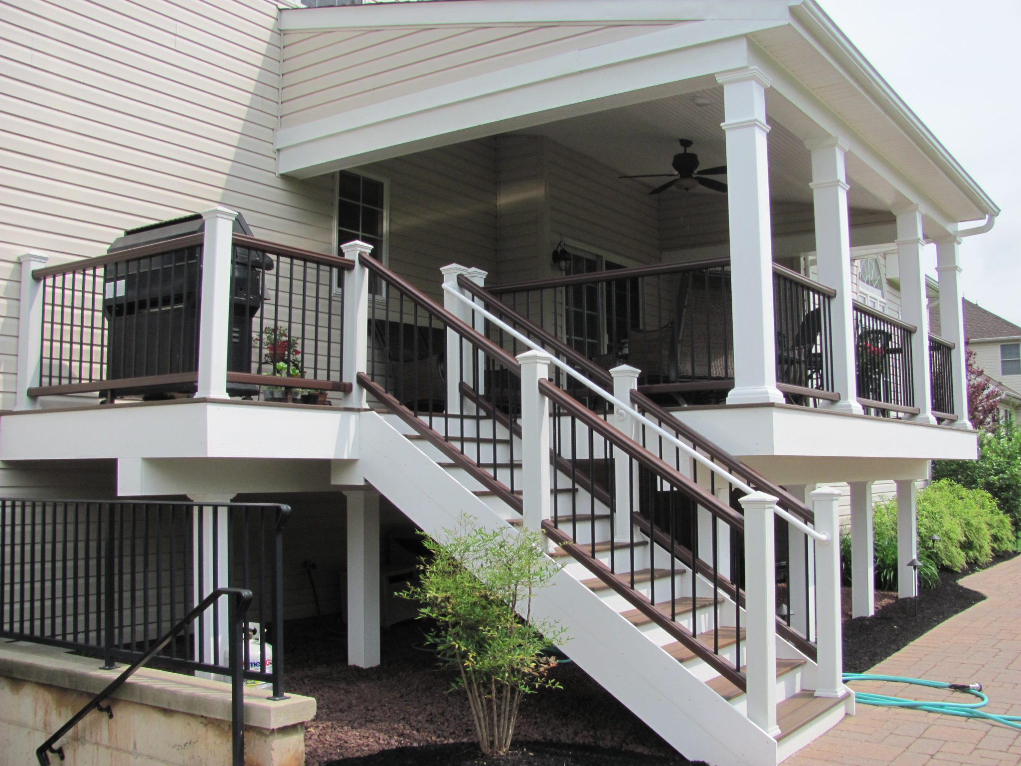 Trex deck railings for style durability safety for Another word for balcony