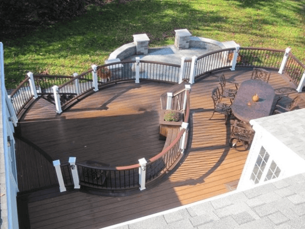 Deck design ideas for creating the one of a kind deck of for Circular garden decking