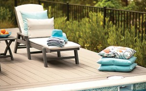 transcend-decking-gravel-path-hgtv-pool-chairs-pillows-2