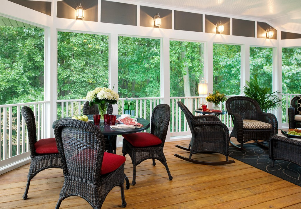 screened-in porch desings_pops of color 2_source-pinterest