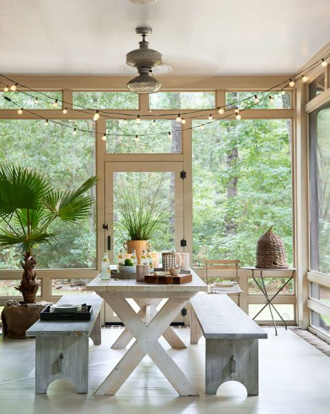 screened-in porch_string lights_source-digsdigs.com